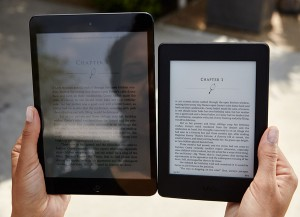 Kindle Paperwhite versus Tablet